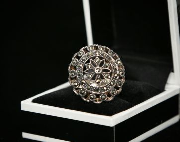Silver Marcasite ornate circular ring