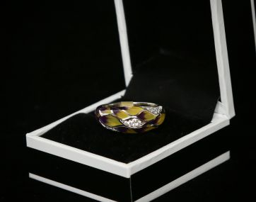 Silver enamel ring set with Cubic Zirconia