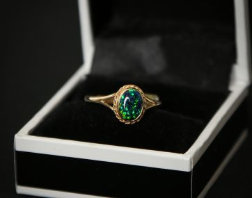 Cultured blue Opal 9 ct gold ring