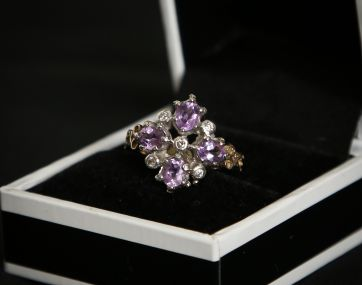 Amethyst and Diamond 9 ct gold ring