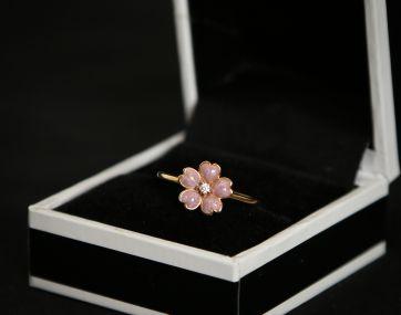 Gold-on-silver enamel flower ring